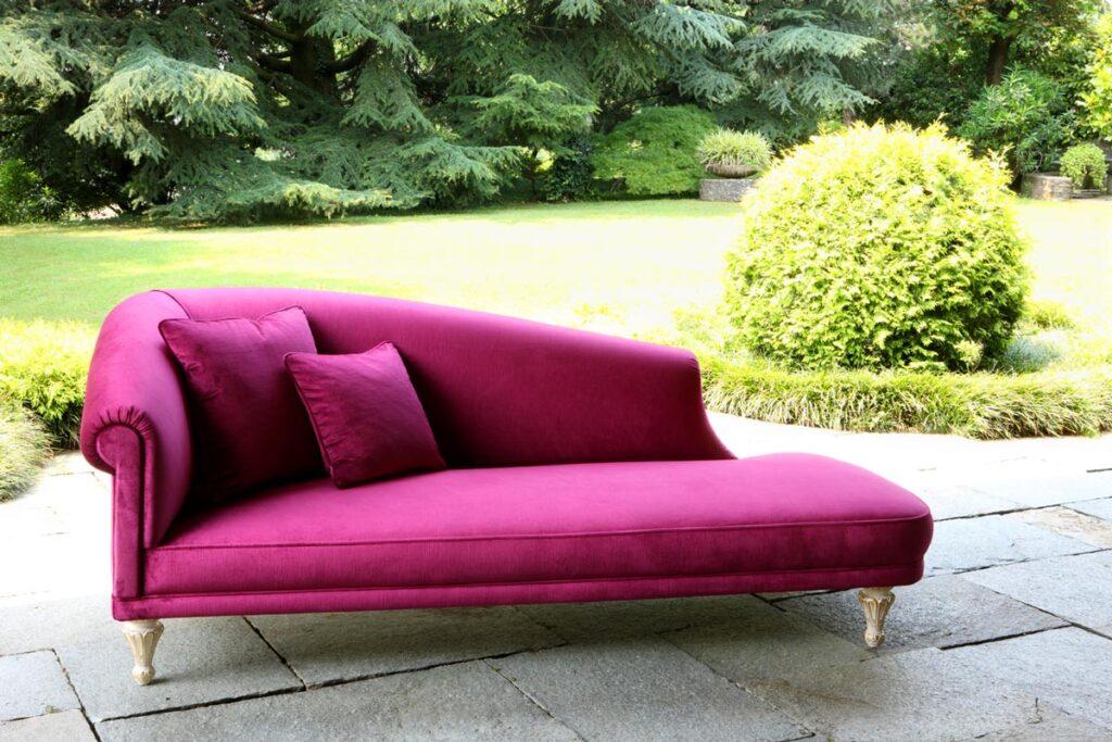 Mebl roza sofa